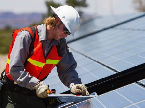 California Now Requires Solar Homes—Here's How It Could Work in Texas