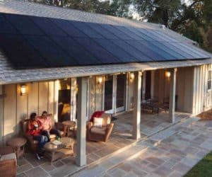 how can the solar tax credit help you save this year?