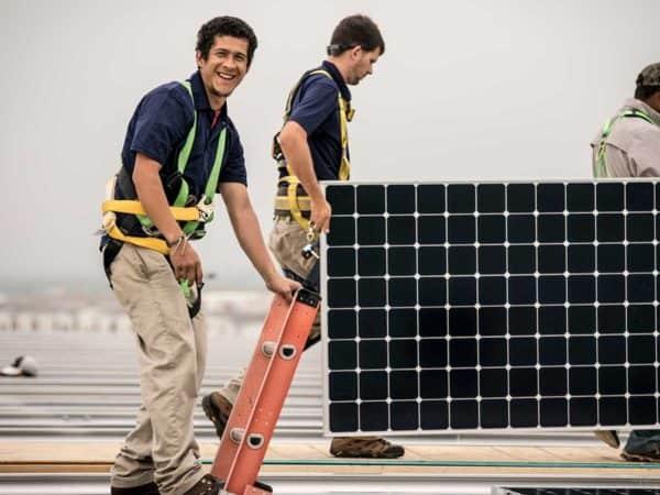 happy-solar-installer-careers
